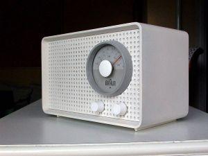 Radio transistor SK2 de Braun, conçu par Dieter Rams