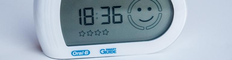 L'écran SmartGuide de l'ensemble Oral-B 5000